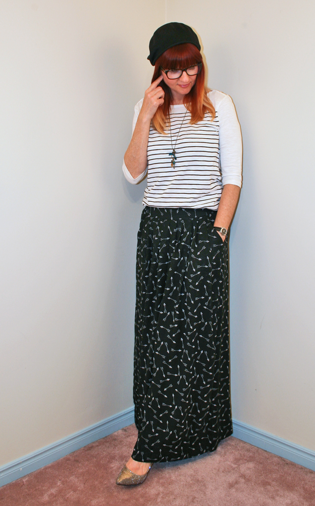 Long arrow wide leg trousers