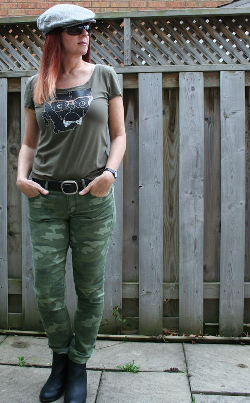Camo pants black pug tshirt