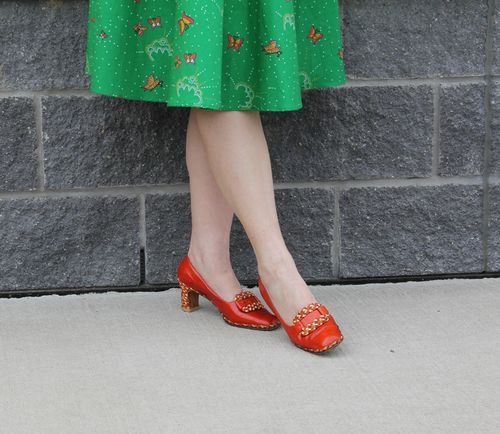 Vintage orange ferragamo shoes