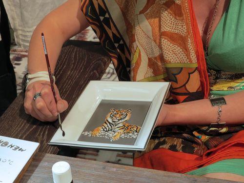 Porcelin painter hermes border