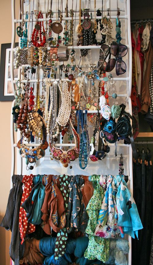 Jewelry and scarf organizer