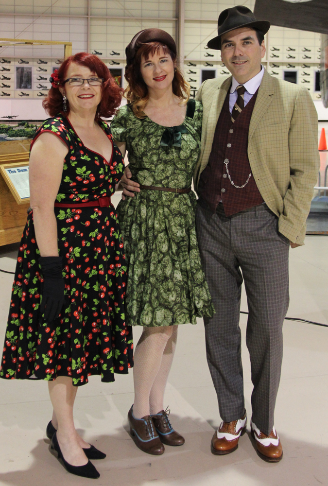 1940s style dressing