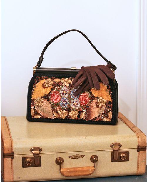 Vintage handbag and gloves