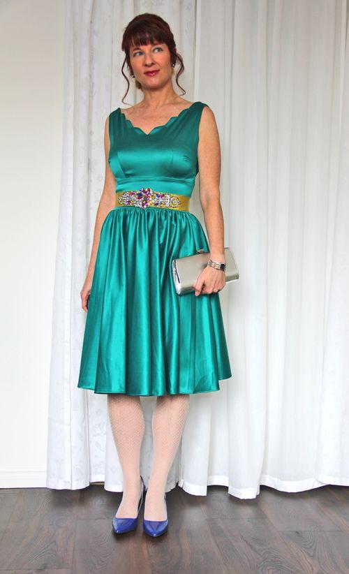 Queen of hearts teal dress