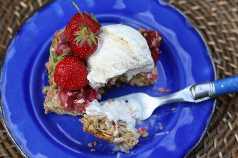 Strawberry rhubarb crisp summer recipe suzanne carillo style files